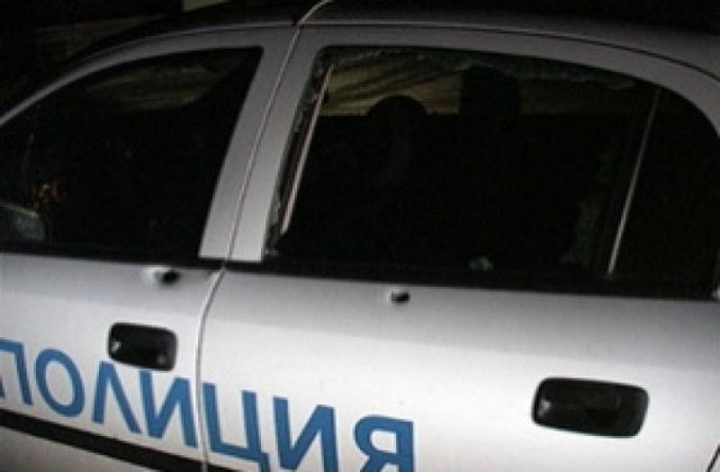 Спипаха тийнейджъри с дрога край гробищата в Калековец, друг бяга от полицаи в Марково