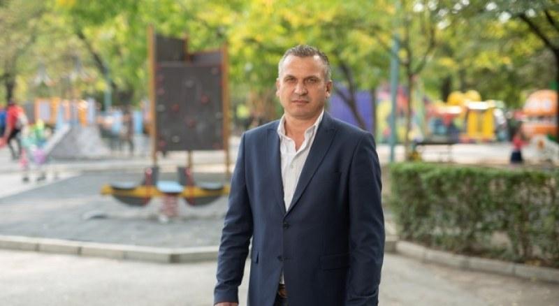 """Иван Стоянов: Не мога да си позволя да се """"бъзикам"""" с вируса, знам колко много хора страдат"""
