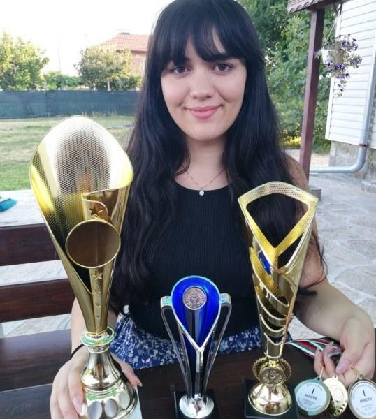 Пловдивчанката Вики Радева с 11-та титла по шах на държавното първенство в Асеновград