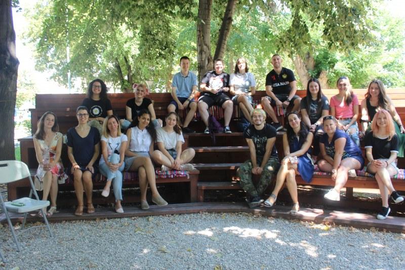 Младежкият център в Пловдив празнува деня на младежта с две интересни събития