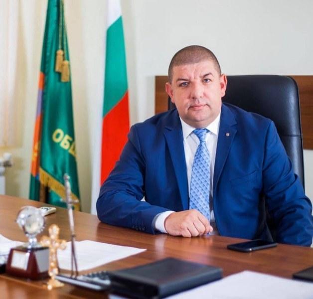 Кметът на Кричим приветства и съгражданите си, и пловдивчани
