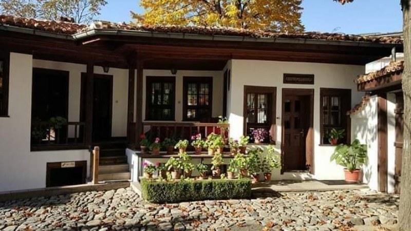 Как е спасена бащината къща на Левски в Карлово? История, която всеки трябва да прочете...