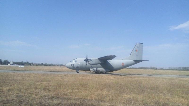 Бойни пилоти от Граф Игнатиево и Румъния тренираха охрана на въздушното пространство