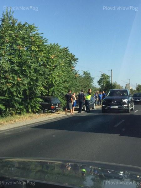 Катастрофа на пътя за Карлово, няколко коли се удариха