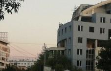 Опасни тийнейджърски селфита от покрива на недостроена сграда в Пловдив