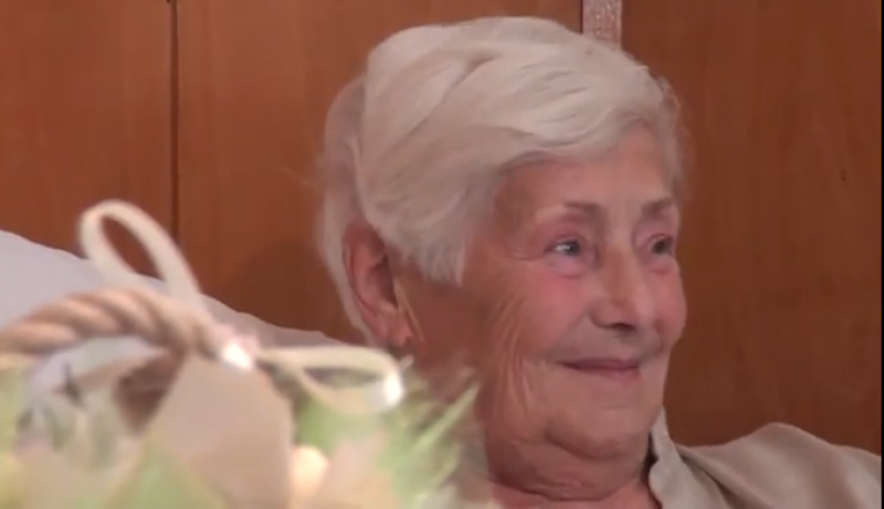 За пръв път! Диамантена сватба в Калофер, семейство празнува 60 години любов и труд