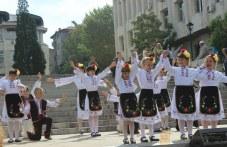 Есенни празници продължават в Асеновград, идва и ретро фестивалът
