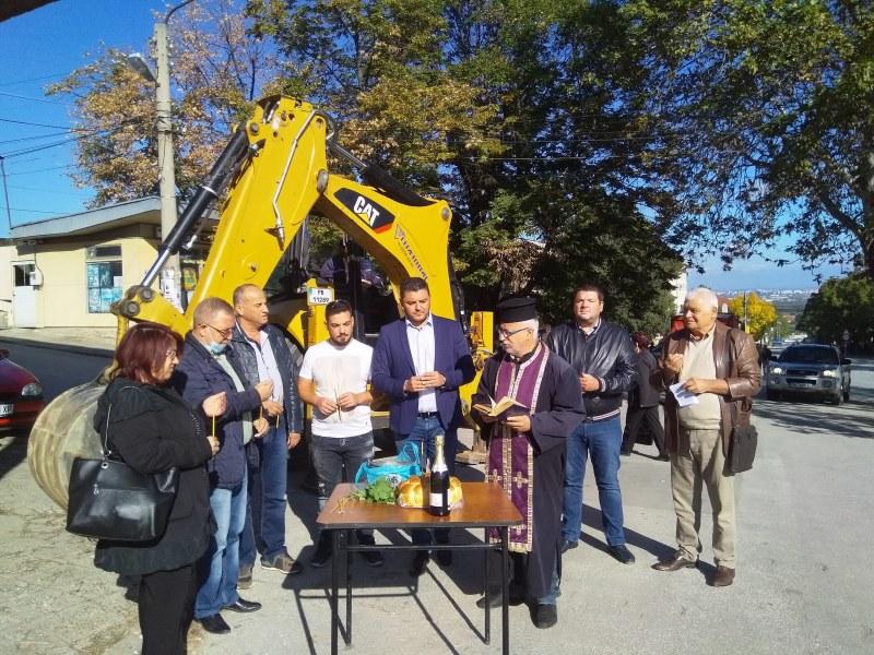 Ремонти за близо 1 млн. лева започнаха в Брестник, правят улици, спортни и детски площадки