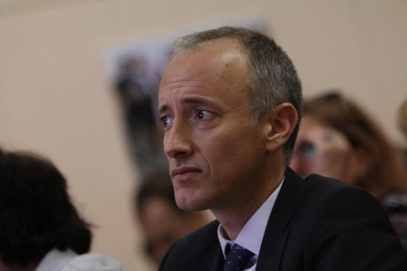 Министър Вълчев за новите мерки срещу COVID-19 в образованието