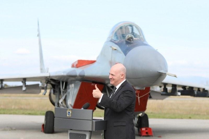 В авиобаза Граф Игнатиево: Гостуваха посланикът на САЩ и висш представител на администрацията