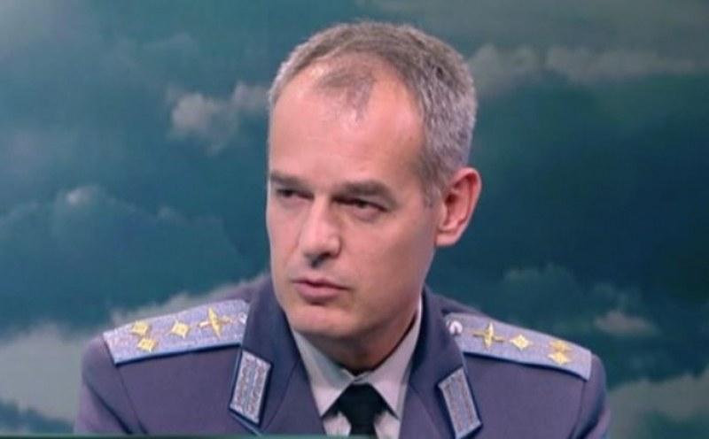 Командирът на авиобазата в Граф Игнатиево е с коронавирус