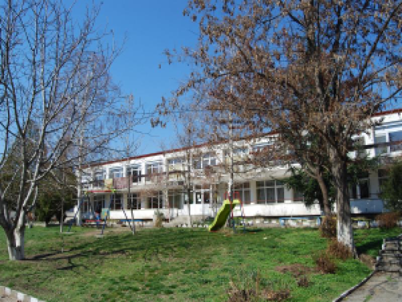 Обявиха конкурси за директори на детски градини в Перущица