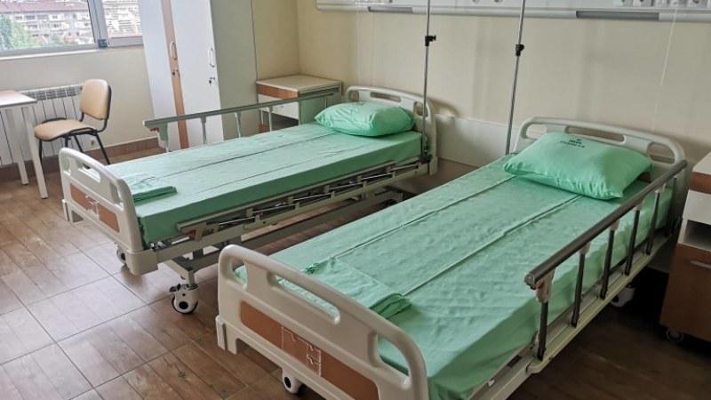 Зам.-кметът на Сопот: Болницата остава на произвола
