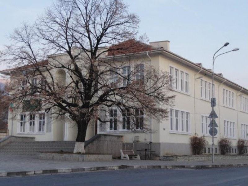 Днес: Неучебен ден за всички училища в Сопот