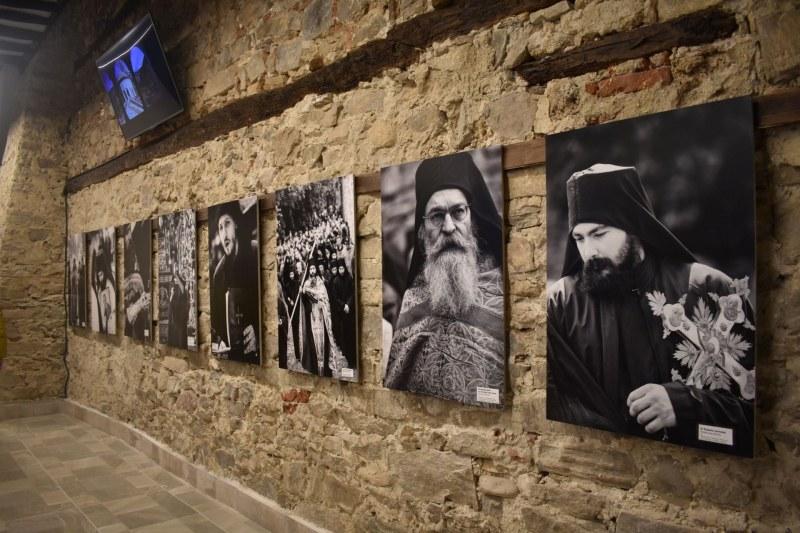 Бачковският манастир придобива облик на монашеска обител, а не на атракцион