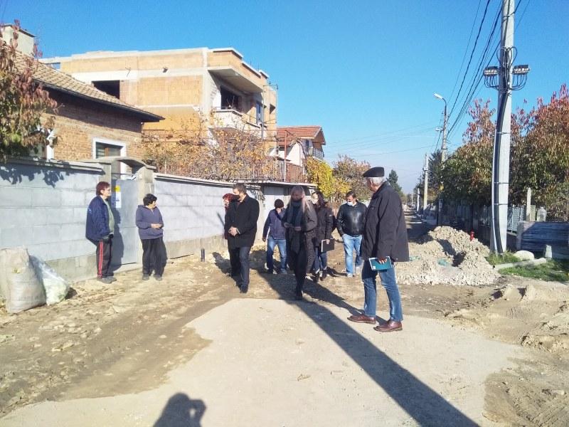 """Напредва работата по важни строителни обекти в община """"Родопи"""""""