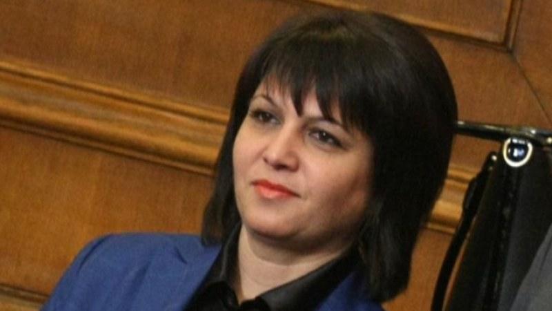 Депутат постави въпроси за болницата в Карлово