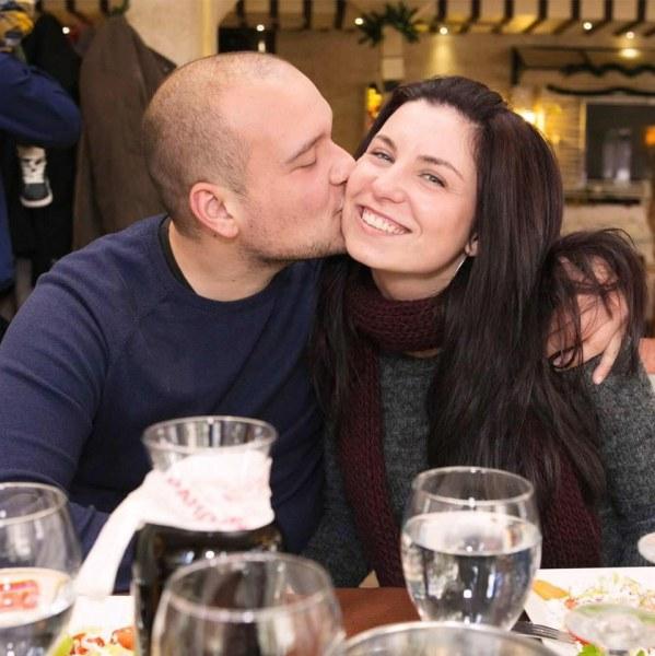 Млада жена напусна Пловдив и последва любовта и мечтите си в бялото градче