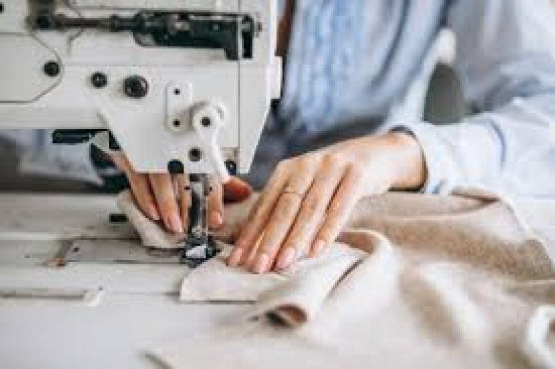 54 свободни работни места в Карлово и Сопот, все още търсят шивачи
