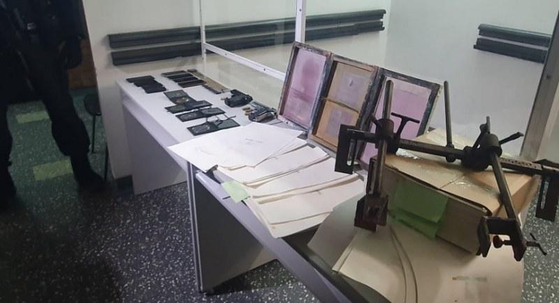 И карловец бил в престъпната група за фалшиви документи, разбита в Пловдив