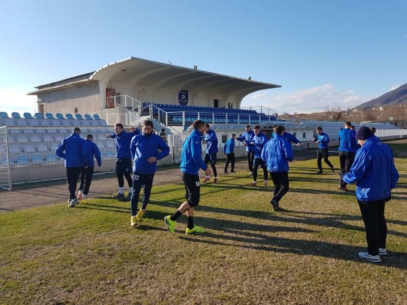 Карловските футболисти започнаха подготовка, имат насрочени мачове