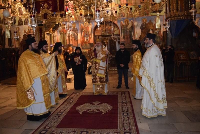 Бачковската обител почете Свети Патриарх Евтимий Търновски с нощно бдение