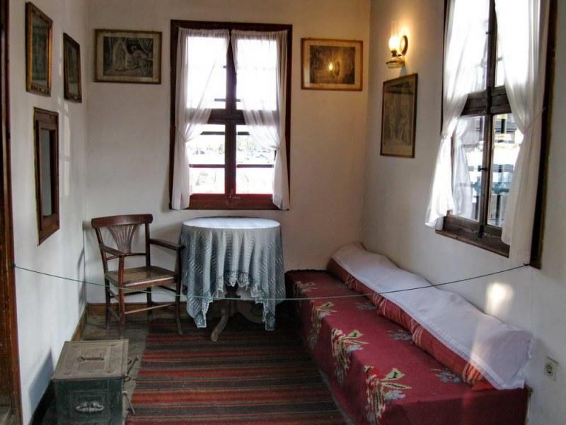 Музеят на Вазов в Сопот води децата на дистанционни екскурзии из България