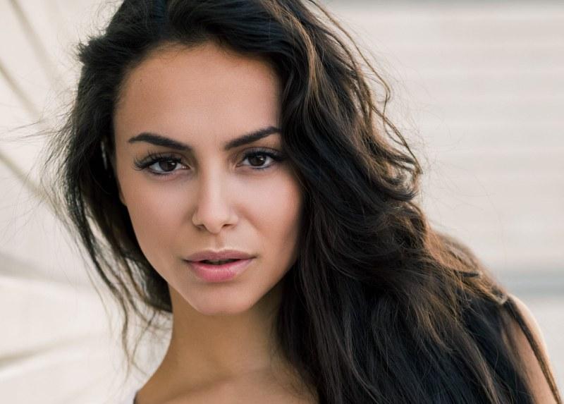 Виктория от Пловдив ще представи България на световен конкурс за красота