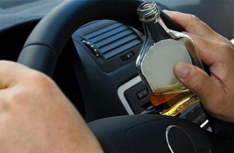 Пиян шофьор катастрофира край Стамболийски, после заспа зад волана