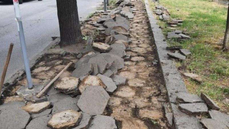 Започва ремонт на тротоари в Съединение, кметът подписа договора за финансиране