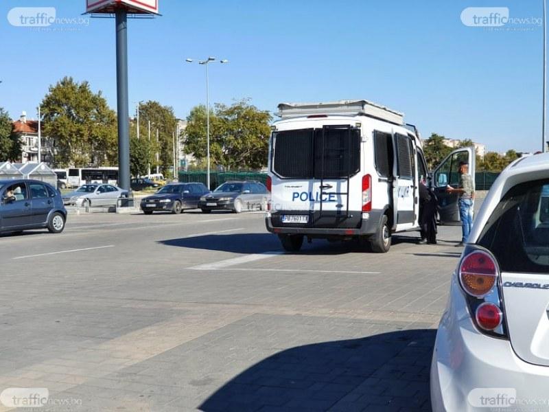 Полицаи и здравни инспектори тръгват по заведенията в Пловдив