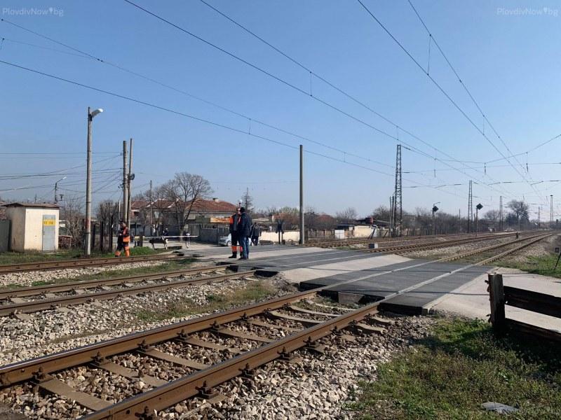 В реанимация и тежко състояние е една от жените, пострадали в катастрофата с влак