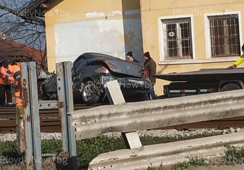 Още е критично състоянието на жената, пострадала при катастрофата с влак в Скутаре