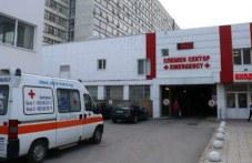 Шофьорът на обърнатия багер край Лъки е в болница и в тежко състояние