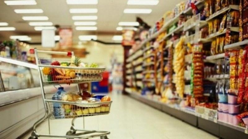Масови проверки по хранителни магазини, цехове, складове и заведения заради празниците