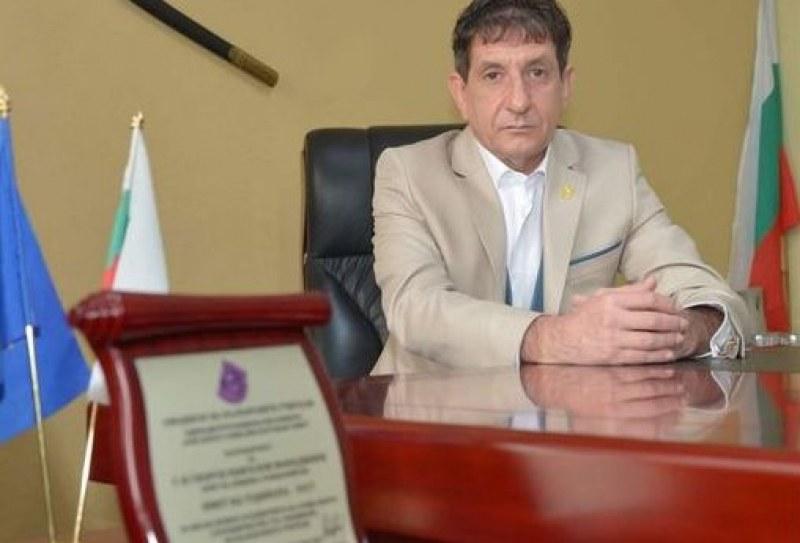 Кметът на Стамболийски към медиците: Благодаря за надеждата, с която дарявате!