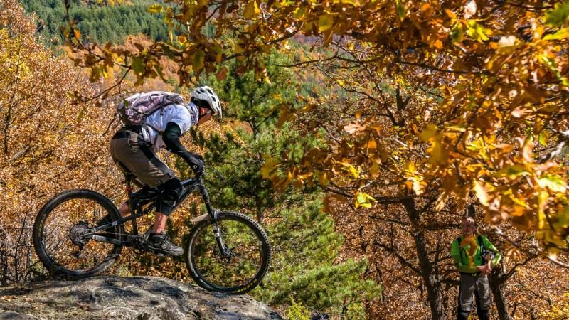 """""""101 Sерпентини"""" търси най-добрите в карането на планински велосипеди по серпентините на Лъки"""