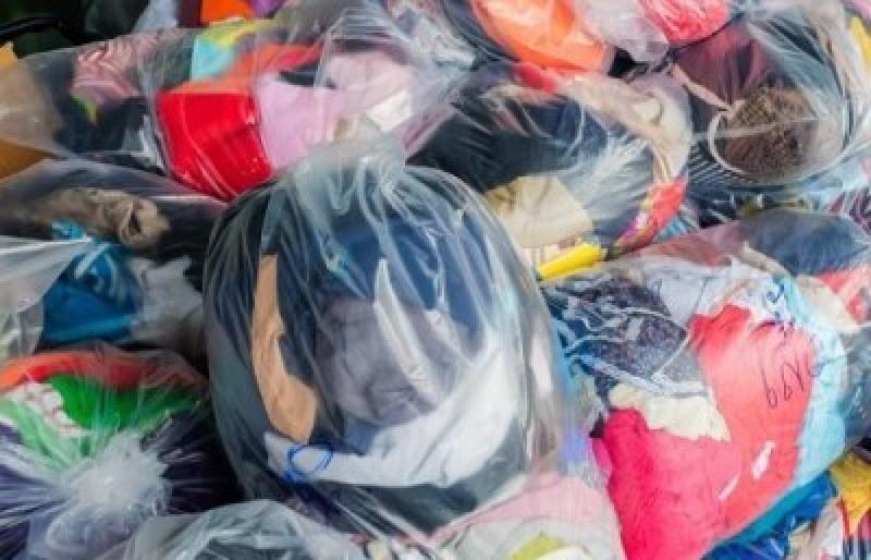 БЧК в Асеновград събира дрехи и текстил за кризисния резерв