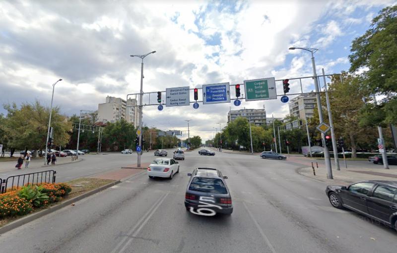 Улесняват левия завой на натоварено кръстовище в Пловдив