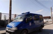 Данъчни и полиция продължават с проверките по магазини в Столипиново