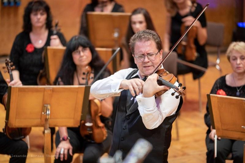 Виртуозът Веско Ешкенази гостува в Перущица със забележителен концерт