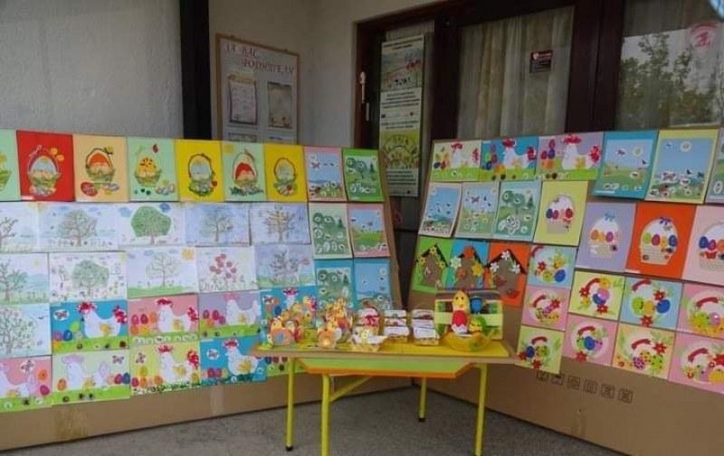 Малчугани от Стамболийски направиха великденски базар, помогнаха на други деца