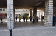 Пловдивчани се наредиха на опашка за ваксини във втория ден на Великден