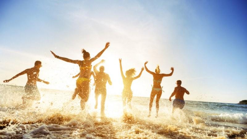 Лято 2021: Юни с валежи, юли и август отлични за море