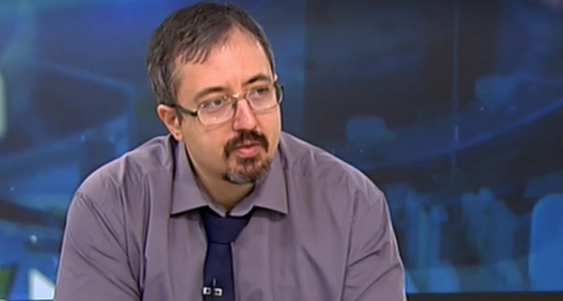 Математик: Поне 6 пъти повече българи са карали ковид от официално обявените