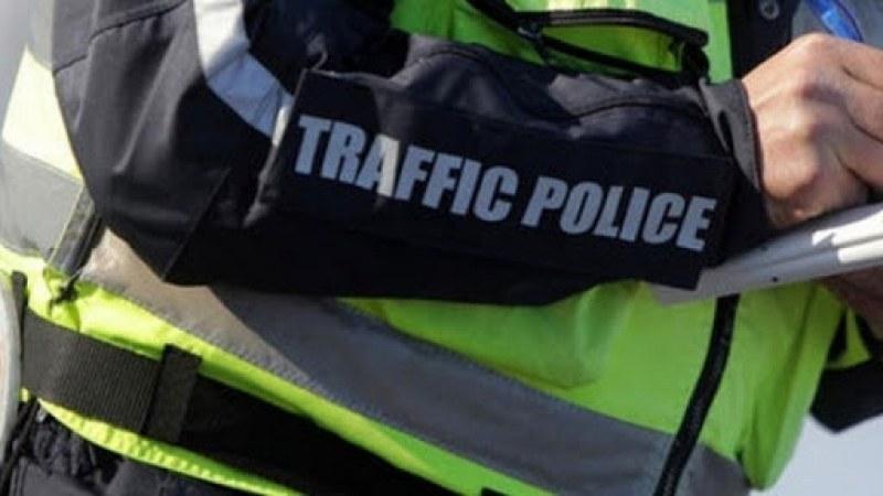 """Пътна полиция регулира движението на АМ """"Тракия"""" заради очаквания трафик"""