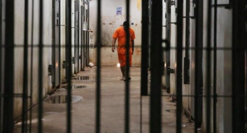 Тийнейджър от Песнопой отива в затвора за системно изнасилване на по-малко момче