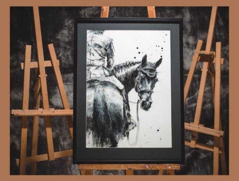 """""""Минало незабравено"""" - една изложба на Недолина Павлова, посветена на любимия ѝ кон"""