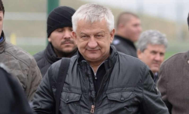 Крушарски: Разликата между мен и Бербатов е доста голяма. Аз имам много по-голям опит от него