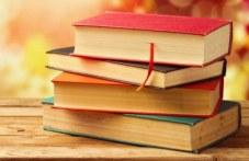 Правят библиотеки в болници в Пловдив, Асеновград и Първомай, събират книги от дарители